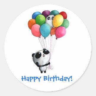 El cumpleaños hincha el oso de panda pegatina redonda