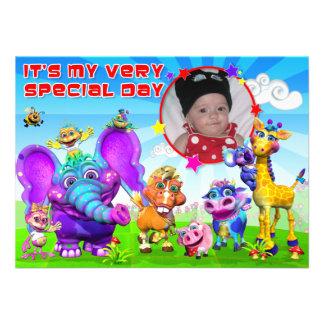 El cumpleaños invita con el GiggleBellies Invitaciones Personales
