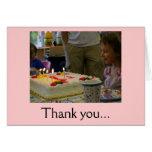 El cumpleaños le agradece tarjetas
