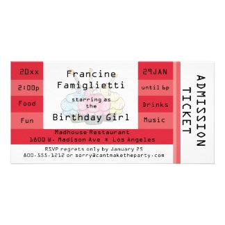 El cumpleaños rojo elegante del boleto de la admis tarjetas con fotos personalizadas