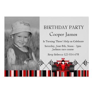 El cumpleaños rojo y negro del coche de carreras i comunicados personalizados
