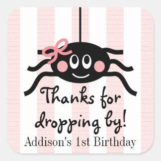 El cumpleaños rosado de la araña le agradece los calcomania cuadradas personalizadas