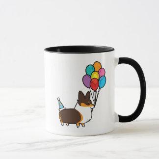 El cumpleaños tricolor del Corgi hincha la taza