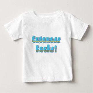 El Cuteness oscila la camiseta del niño Polera