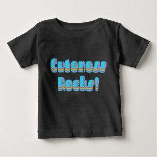 El Cuteness oscila la camiseta Playeras