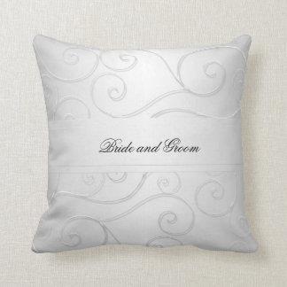 El damasco de plata de lujo remolina almohada