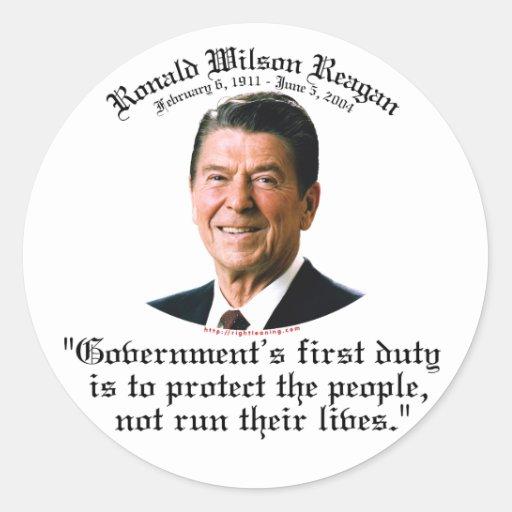El deber del gobierno de Reagan Pegatina Redonda