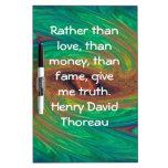 El decir de la cita de la sabiduría de Henry David Tableros Blancos