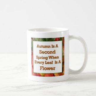 El decir del otoño taza básica blanca