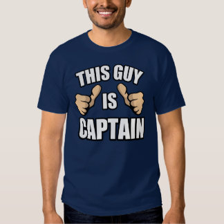 El decir divertido del capitán del barco: Este Polera