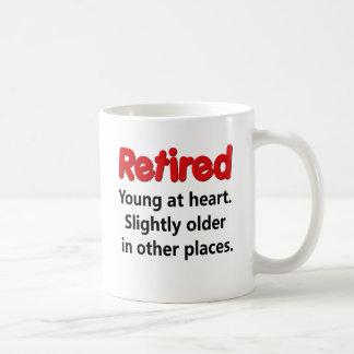 El decir divertido del retiro taza de café