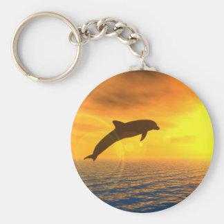 El delfín salta llavero