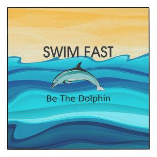 El delfín SUPERIOR de la nadada ayuna Impresión En Madera