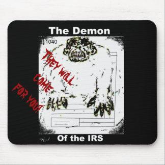 El demonio del cojín de ratón del IRS Alfombrillas De Raton
