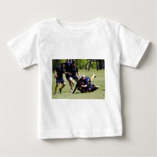 El derribar t-shirts