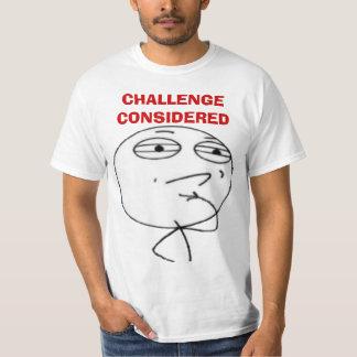 El desafío consideraba las camisetas de la cara playera