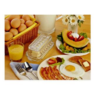 El desayuno del tocino, los huevos y la jarra de l tarjetas postales