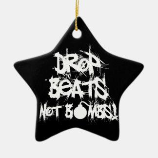 El descenso bate no bombas adorno navideño de cerámica en forma de estrella