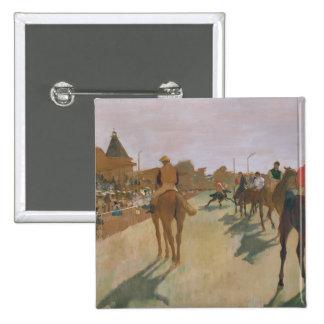 El desfile, o caballos de raza delante de los sopo pin cuadrada 5 cm