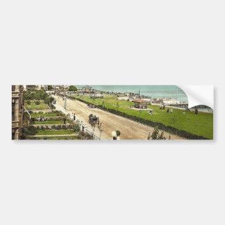 El desfile, obra clásica Photoc del Clacton-en-Mar Etiqueta De Parachoque