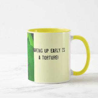 ¡el despertar temprano es una tortura! taza