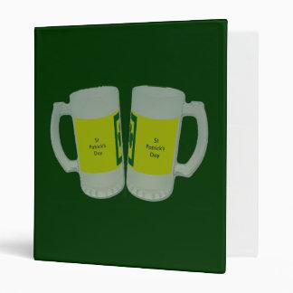 El día de 2 de cerveza de los vidrios St Patrick