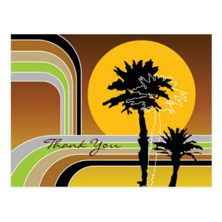 El día de fiesta tropical de la puesta del sol ret tarjeta postal