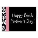 El día de la mamá feliz del nacimiento tarjeta