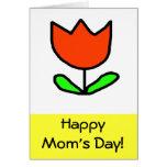 El día de la mamá roja del tulipán felicitacion