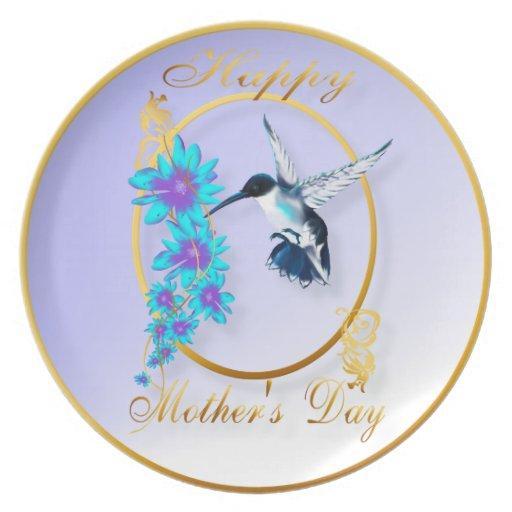 El día de madre con los pájaros del tarareo platos
