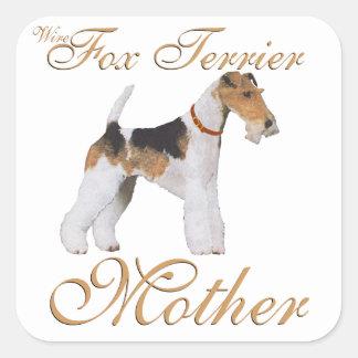El día de madre del fox terrier del alambre calcomanía cuadrada personalizada