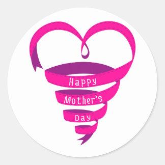 El día de madre feliz, corazón rosado de la cinta pegatinas redondas