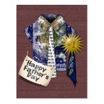 El día de padre - camisa de la tierra de los papás postal