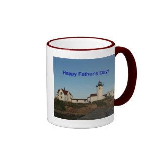 El día de padre feliz faro taza de café