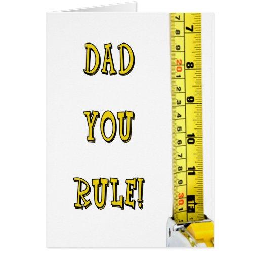 El día de padre feliz - papá que usted gobierna tarjeta de felicitación