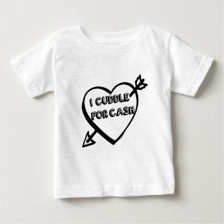 El día de San Valentín - abrazo para el EFECTIVO T-shirt