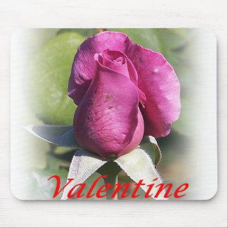 El día de San Valentín color de rosa Mousepad Tapetes De Raton