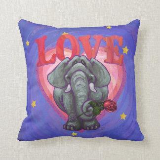 El día de San Valentín del elefante Cojín