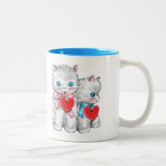 El día de San Valentín lindo del vintage, gatos Taza De Dos Tonos