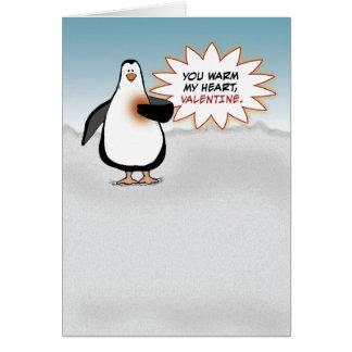 El día de San Valentín: Pingüino con el corazón Tarjeta De Felicitación