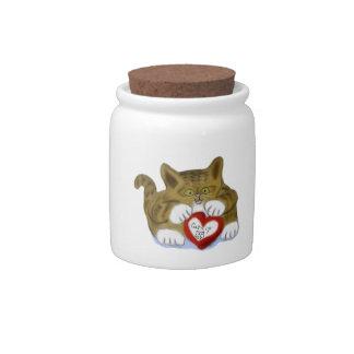El día de San Valentín presente para el gatito del Plato Para Caramelo