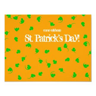 """El día de St Patrick anaranjado de la ducha del Invitación 4.25"""" X 5.5"""""""