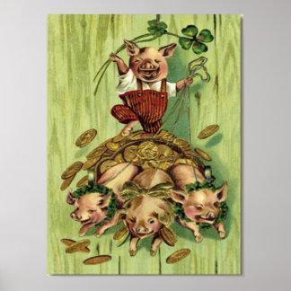 El día de St Patrick del oro del cerdo del trébol  Posters
