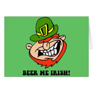 El día de St Patrick divertido Felicitacion