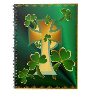 ¡El día de St Patrick feliz a usted! - oscuridad Libretas Espirales