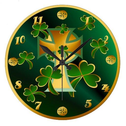 ¡El día de St Patrick feliz a usted! - oscuridad Reloj Redondo Grande