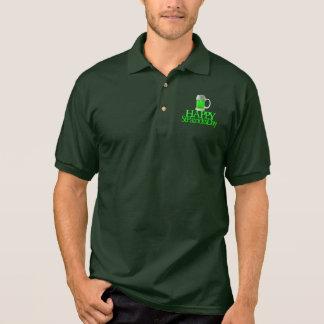 El día de St Patrick feliz borroso cerveza verde d Camisetas