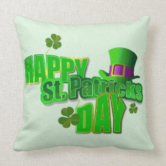 El día de St Patrick feliz Cojines