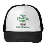 El día de St Patrick feliz consigue un poco loco Gorros