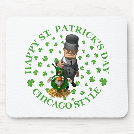 El día de St Patrick feliz - estilo de Chicago Tapetes De Raton